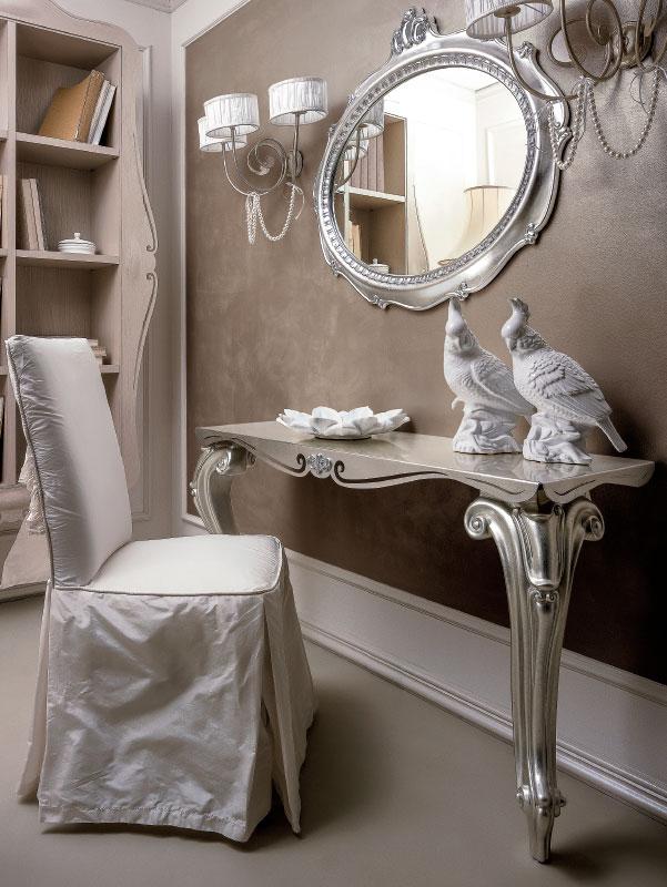 Consolle classiche per l\'arredamento della camera classica o della ...