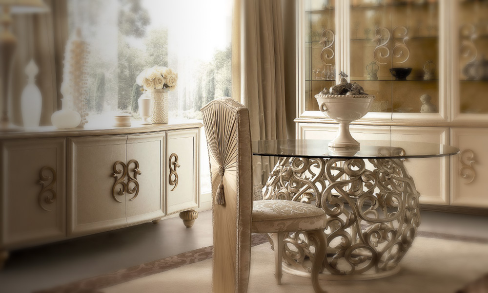 Arredamento classico camere classiche letti in ferro for Arredamento ferro battuto