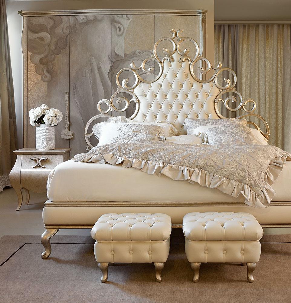 Letti in legno classici intagliati a mano per l 39 arredamento classico della camera da letto di - Giusti portos camere da letto ...